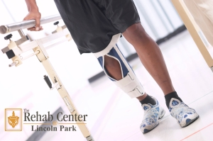 knee photo new Rehab logo